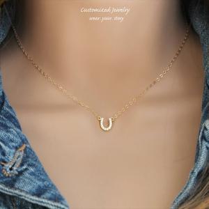 ホースシュー (馬蹄) ゴールド ネックレス [Customized Jewelry / カスタマイズ ジュエリー] 海外受注|mahealani