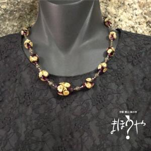 【世界で一つ手作りトンボ玉ネックレス】紫金箔花入り 14-984/1点もの[在庫あり]|mahouya