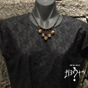 【世界で一つ手作りトンボ玉ネックレス】ゴムチューブネックレス タイガー柄 17-260/1点もの[在庫あり]|mahouya