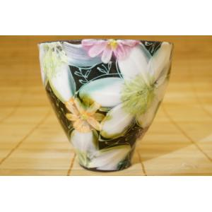 即納できます 工房ゆずりは 白絵花 湯呑 母の日 瀬戸焼 花柄 湯飲み プレゼント ギフト 内祝い|maimustone-y