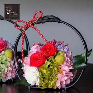 プリザーブドフラワー 和風 籠 唐紅 桃花 誕生日 お祝い ギフト ローズ カーネーション 紫陽花 ベリー ピンク レッド 母の日|makefuture