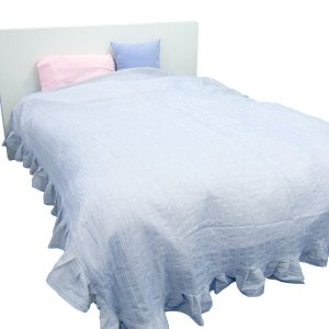 ■商品ポイント! いつものベッドにふわっとベッドカバーをかけるだけで、ロマンチックに早変わり。  ナ...