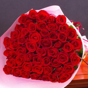バラの花束 50本 誕生日ギフトに贈るプラチナローズのバラ花束・指定日配達対応 母の日 女性 バラ ...