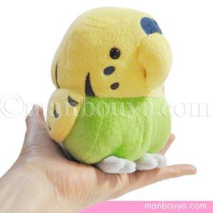 ころんと丸い形がかわいい、セキセイインコ(小鳥)のぬいぐるみ。 小さいころ飼っていましたが、緑と黄色...