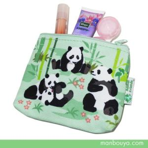 パンダがいっぱいのカラフルなファスナーポーチ。 バッグの中で散らばりやすい小物入れに。 コスメポーチ...