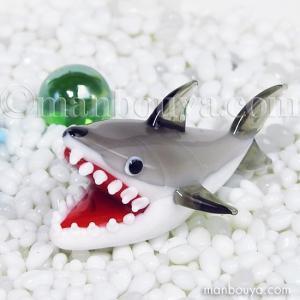 サメ グッズ ガラス細工 ミニチュア 雑貨 水族館 フォーカート 人食い鮫|manbouya