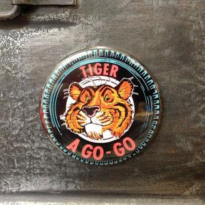 フリッジ マグネット 磁石 #011 TIGER A GO-GO ESSO // アメリカン雑貨 並行輸入品 メール便可|marblemarble