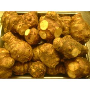 フランスではよく使われる食材の一つです。 茹でてよし、炒めてよし、揚げても、ピューレにしても 茹でる...