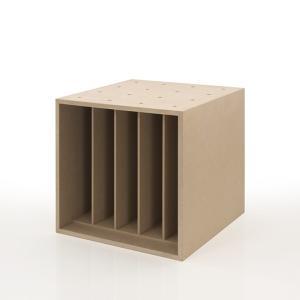 約45枚のLPレコードを収納できるLPレコード収納ボックス 仕切り付き(BLC-08-D)です。単体...