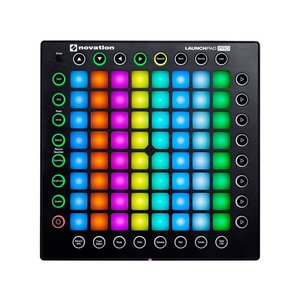novation LaunchPad Pro MIDIコントローラ