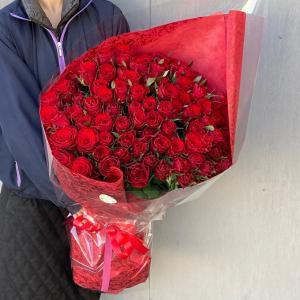 大輪バラ100本の花束【送料無料】お祝・誕生日に贈るバラ花束・配達日指定可!生花花束 花 フラワー ギフト maruhana-flower