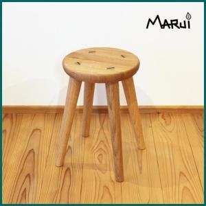 くるみ無垢 丸スツール 天然木製 オイル塗装 ナチュラル おしゃれ 丸椅子|marui-kagu