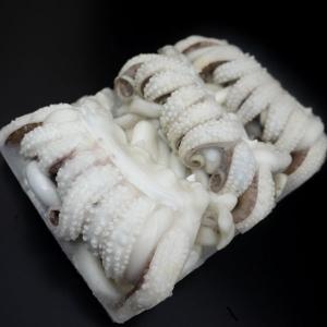 紋甲イカゲソ 2/4(2−4尾/1kg)下足 げそ|marumosyokuhin