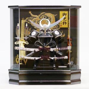 五月人形 兜 藤翁 兜ケース飾り 六角星翔 上杉謙信 オルゴール付 兜飾り アクリルケース ケース入り コンパクト おしゃれ|marutomi-a