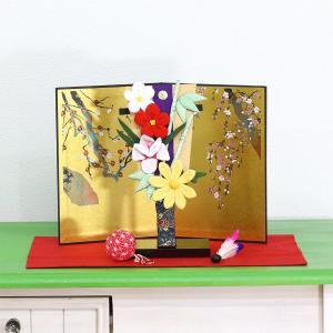 羽子板 お祝い 初正月 ちりめん細工 豆羽子板 四君子花飾り 金屏風 敷き布 鞠 羽根 飾り台付き|marutomi-a