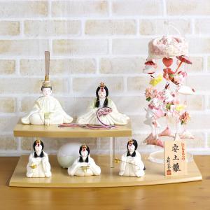 雛人形 コンパクト 木目込み 一秀 白金 五人揃い 木製違い棚二段飾り つるし飾りセット|marutomi-a