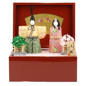 雛人形 コンパクト 木目込み 真多呂作 木目込み雛人形 春桜立雛セット 収納飾り|marutomi-a