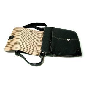 iPad がスッポリ収まる!! 牛革のショルダーバッグ|matsuoya|04