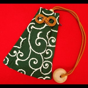 唐草・からくさ(渋抹茶緑) 和柄腰下げ巾着|matsuriya-sonami
