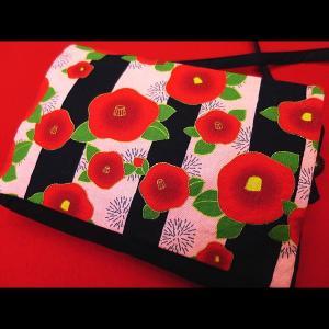 しま椿 (ピンク) 和柄お祭り万能ポシェットショルダー|matsuriya-sonami