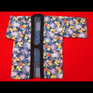送料無料 アンティーク和柄綿入れ半纏リバーシブル(乱菊・紺) フリーサイズ|matsuriya-sonami