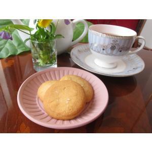【塩バタークッキー(3枚入り)】ミネラル豊富な「佐渡の塩」の旨みが広がる、味わい深い薄焼きクッキー|mayfair-net