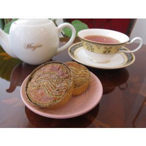 【ガレットブルトンヌアッサム(1個入り)】上質なアッサム紅茶が香るバターたっぷりの厚焼きクッキー、ミネラル豊富なきび砂糖と佐渡の海洋深層水の塩を使用|mayfair-net