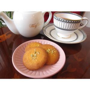 【かぼちゃのバタークッキー(3枚入り)】かぼちゃと上質な発酵バターをたっぷり使った薄焼きクッキー、ミネラル豊富な「佐渡の塩」を使用|mayfair-net