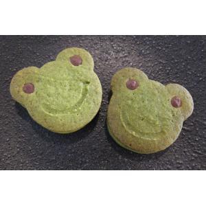【カエルのチョコサンドクッキー(抹茶のホワイトチョコサンドクッキー)】要冷蔵、梅雨の季節にぴったり、カエルのかわいい動物クッキー、期間限定 mayfair-net