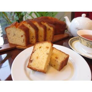 【梅の実のパウンドケーキ(1本タイプ)】数量限定、自家製梅酒を使った甘酸っぱくて爽やかなパウンドケーキ|mayfair-net
