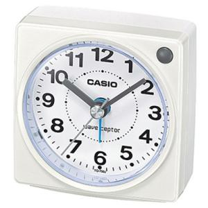 カシオ 電波時計 コンパクト 置時計 アナログ 目覚まし時計 おしゃれなホワイト 白 (CL15JU32) アラーム ライト付き CASIO 秒針 音がしない 旅行用 目覚まし時計