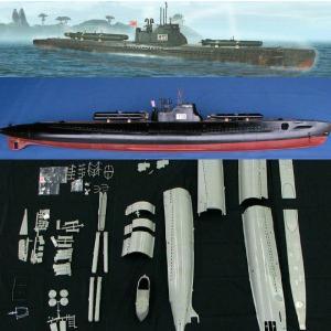 『新品即納』{PTM}LN70818 1/72日本海軍 伊号第53潜水艦 w/人間魚雷 回天 プラモデル リンドバーグ(20140215)|media-world