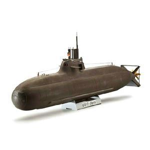 『新品即納』{PTM}05019 1/144 U212A潜水艦 プラモデル ドイツレベル(20140424)|media-world