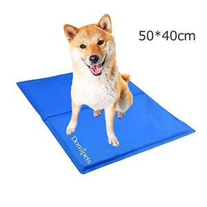 ペット冷え冷えシート 犬ひんやりマット 猫熱中症対策グッズ 犬用ジェルマット 冷感マット 夏用Mサイズ(50 *40cm)|mediaearth