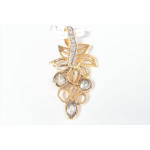 ダイヤモンド リーフモチーフペンダントトップ K18 新品 レディース|megumi-1