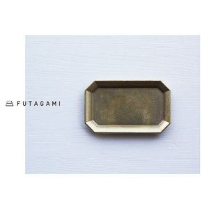 ★二上[FUTAGAMI] 真鍮トレー( M ) (アジアン家具/アジアン雑貨/小物/アンティーク風/インテリア/雑貨/通販)|mercato-y