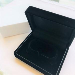 ブレスレットケース ブラック 黒 外箱付き あすつく対応 プレゼント ラッピング 贈答用 梱包用品 保管用 ケース|merci-j