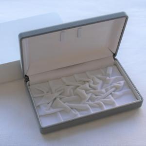 パールケース グレー 外箱付き あすつく対応 プレゼント ラッピング 真珠用 贈答用 梱包用品 保管用 ケース|merci-j