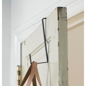 ホームステッドより、アンティークの雰囲気のある、ドアフックのご紹介です。■アイアン製のシンプルなドア...