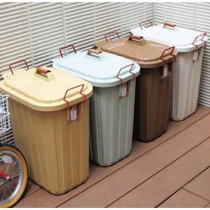 淡い色合いで、スッキリ美しい形におさめたゴミ箱のご紹介です。  ■ふたの紛失を防ぎ、閉開に便利なカバ...