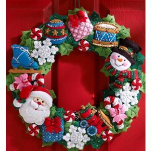 「CHRISTMAS TOYS WREATH」《日本語基本ガイド付き》Bucilla ブシラ クリスマス ハンドメイド フェルト リースキット アップリケ