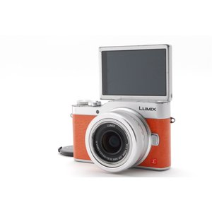 【中古】ミラーレス一眼レフカメラ Panasonic Lumix GF9 オレンジ レンズキット【送...
