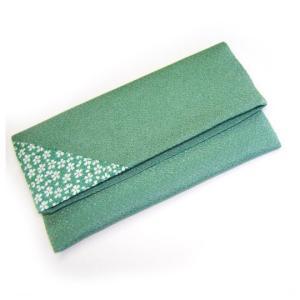 二つ折りお念珠入れ 桜小紋 色:薄緑 念珠入  (2205000502)|mgohnoya