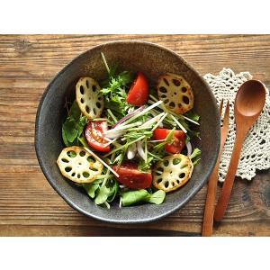 煮物鉢 煮物皿 サラダボウル おしゃれ 和食器 美濃焼 ボウル 中鉢 取り鉢 黒備前花型サラダ鉢