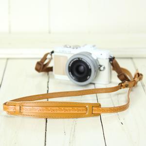 カメラストラップ camera strap 一眼レフ ミラーレス一眼用 イタリアンレザーのカメラストラップ camera strap 本革/リーフベージュ|mi-na