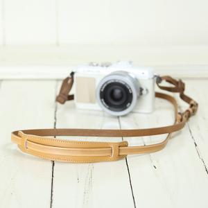 カメラストラップ camera strap 一眼レフ ミラーレス一眼用 イタリアンレザーのカメラストラップ camera strap 本革/ストライプベージュ|mi-na