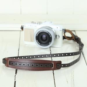 カメラストラップ camera strap 一眼レフ ミラーレス一眼用 イタリアンレザーのカメラストラップ camera strap 本革/サークルチョコブラウン|mi-na