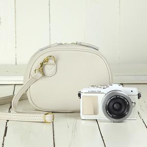カメラバッグ camera bag オールレザーカメラポシェット/アイボリー mi-na