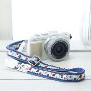 カメラストラップ camera strap 一眼レフ ミラーレス一眼用 ピコ縁飾りのプチフラワー ホワイト フリータイプ mi-na