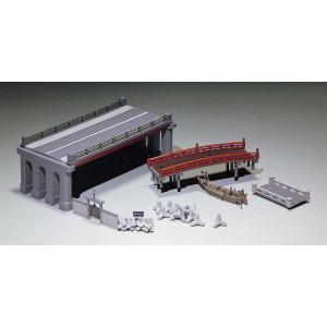 橋と小舟セット (未塗装組立キット)  【グリーンマックス・2164】